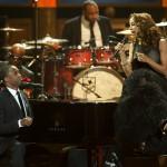 Hosts Wayne Brady & Holly Robinson Peete