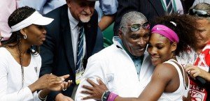 070712-Tennis-Serena-Williams-Family-LA-PI_20120707123412939_660_320