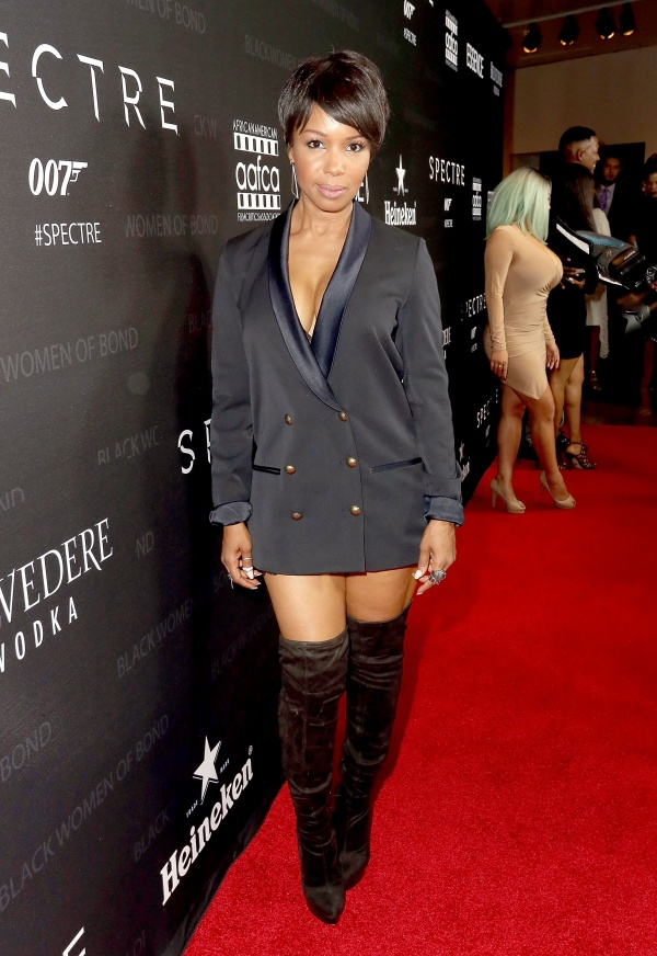 Actress Elise Neal attends the Black Women of Bond Tribute at the California African American Museum