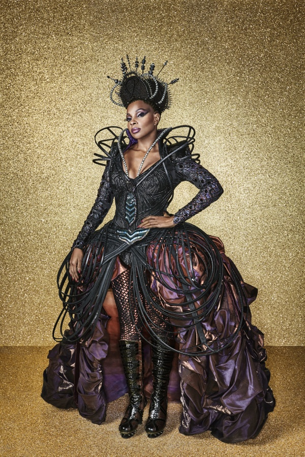 FIRST LOOK at Mary J. Blige as Evillene for NBC's THE WIZ LIVE!