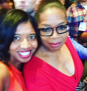 Sonya Jenkins takes Selfie with Oprah during Essence Fest 2016