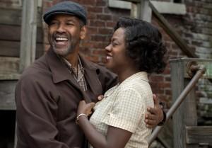 Denzel Washington and Viola Davis in Fences.