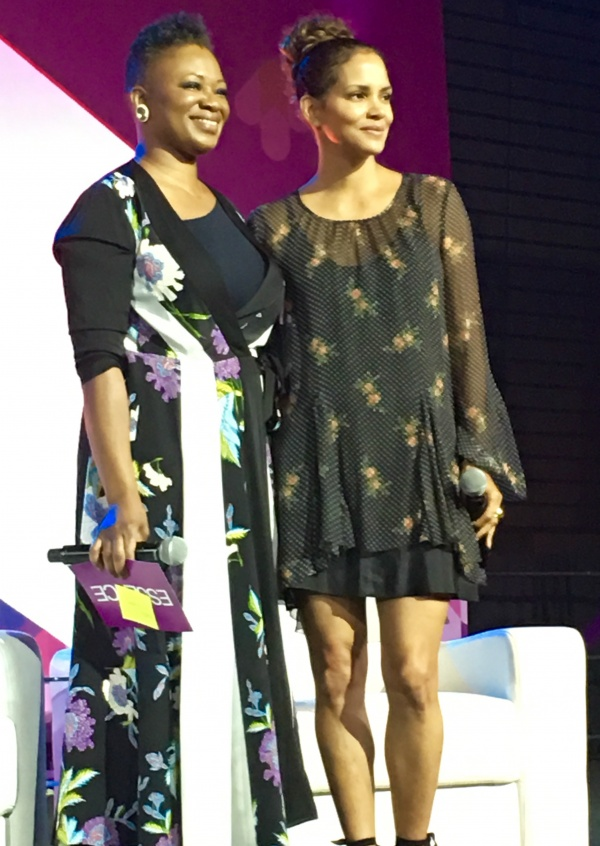 Halle Berry with Essence Magazine Editor, Vanessa K. De Luca - ESSENCE Fest 2017